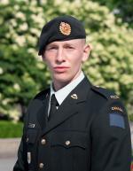 Sapper Adam Wright, 5 RGC Sentry at Nat'l War Memorial