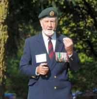 Master of Ceremonies, Colonel Sam Dunbar (Ret'd), former Base Commander and Project Advisor, kept everyone well informed with his commentary.