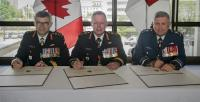 Left to right: LGen Wynnyk, Gen Vance, LGen Parent