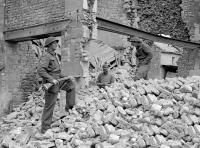 Sappers from 6 Fd Coy in Caen, July 1944