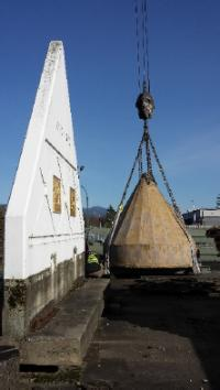 Lifting the 23,000 lb Bell Tent // Lever la tente conique de 23 000 livres