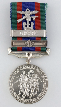 Combined Operations Badge on Canadian Volunteer Service Medal