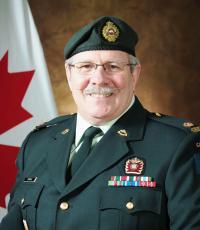 Maj Mario Gingras, CD