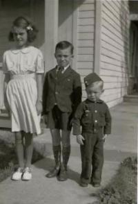 Helen, Earl and Ralph Storey about 1942 - 43 in Napanee, ON (COURTESY OF ED STOREY)