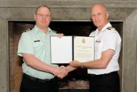 LCol Fleet receiving CDS Commendation