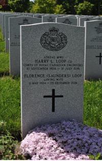 MWO Harry Lawrence Loop, CD (Ret'd) Headstone in Beechwood Cemetery, Ottawa, ON