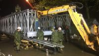 The temporary bridge can hold the weight of a standard fire truck but it will not be accessible to pedestrians. (Radio-Canada/Bahador Zabihiyan)