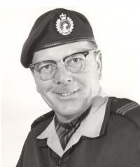 Maj Dennis Stephen Singer CD (Ret'd)
